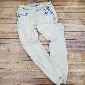 Acid Wash Ripped Jogging Jeans